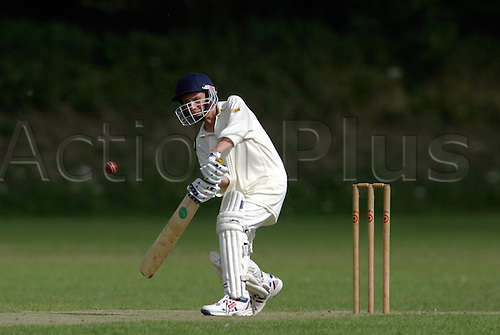 July 27, 2003: Young boy batting. Under 12s Cricket, Hastings Priory v St Mathias, Brighton, East Sussex, Photo: Glyn Kirk/Action Plus...children children's 030728 kids twelve batsman boys youth