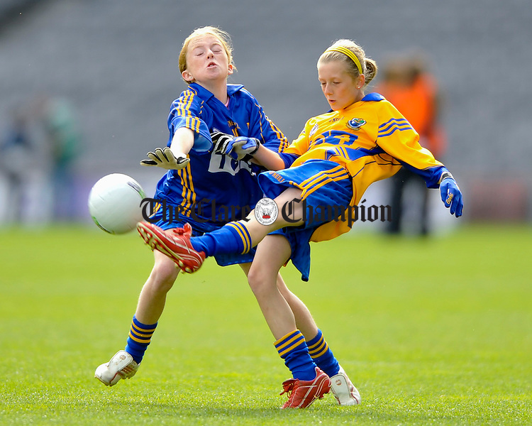Tipperary's Aoife O Dwyer tries to block Clare' sAisling Reidy during the All-Ireland Mini Games in Croke Park. Photograph by John Kelly.