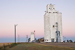 Robinson Grain Elevator Co. concrete grain elevators, morning