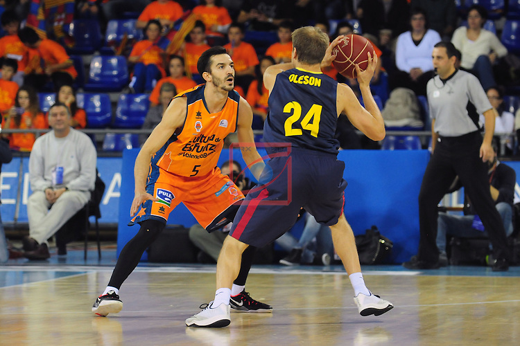 League ACB-Endesa 2014/2015 - Game: 07.<br /> FC Barcelona vs Valencia Basket Club: 76-57.<br /> Pau Riba vs Brad Oleson.