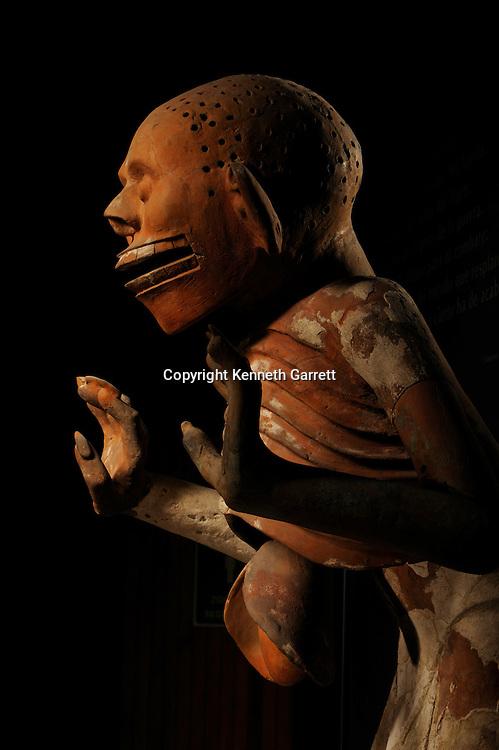 Greatest Aztecs, MM7677,  Mexico City, Mexico, NMAH,  Tenochtitlan, Aztec, Mictlantecuhtli, Skeleton Man, Liver hanging out, Templo Mayor Museum