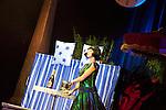 Europa, DEU, Deutschland, Nordrhein Westfalen, NRW, Rheinland, Niederrhein, Duesseldorf, Roncallis Apollo Variete, Show Crazy City, Die Katkovs, Quick Change, Andrey und Ekaterina, Kategorien und Themen, Menschen, Mensch, Personen, Person, Menschenfotos, People, ....[Fuer die Nutzung gelten die jeweils gueltigen Allgemeinen Liefer-und Geschaeftsbedingungen. Nutzung nur gegen Verwendungsmeldung und Nachweis. Download der AGB unter http://www.image-box.com oder werden auf Anfrage zugesendet. Freigabe ist vorher erforderlich. Jede Nutzung des Fotos ist honorarpflichtig gemaess derzeit gueltiger MFM Liste - Kontakt, Uwe Schmid-Fotografie, Duisburg, Tel. (+49).2065.677997, ..archiv@image-box.com, www.image-box.com]