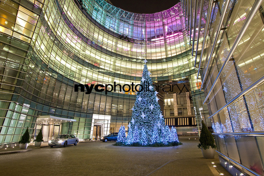 Bloomberg Headquarters at Christmas, 151 East 58th St, Manhattan, NY