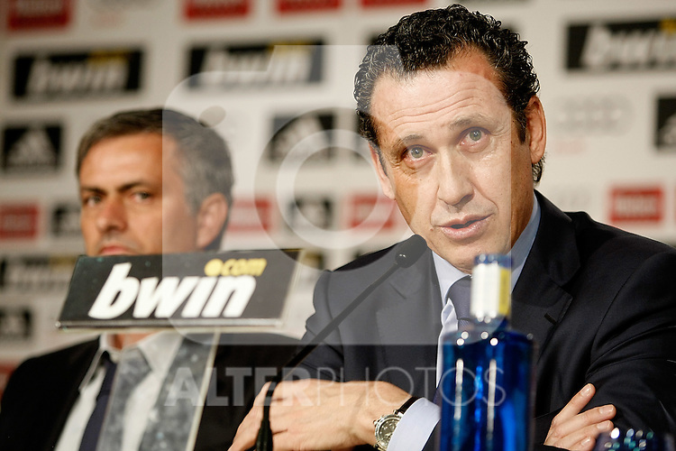 Real Madrid's new coach Jose Mourinho and General Manager Jorge Valdano during his presentation. May 31, 2010. (ALTERPHOTOS/Alvaro Hernandez)