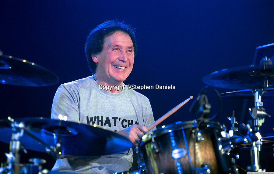 DANPICS; © Stephen Daniels 09/03/2018-----<br /> -------<br /> The Jones Gang performing at Butlins, Skegness, Lincs.<br /> Band; Kenney Jones (Drums), Robert Hart (Singer), Pat Davey (Bass), Sam Tanner (Keyboards) and believed to be Johnson J Medwick (Guitarist) ?<br />  -------<br /> If Published/Broadcast or any other use with out the permission of the photographer/copyright owner, Minimum Fee £2m+vat---NOT A PUBLIC DOMAIN PHOTOGRAPH, FEE PAYABLE ON USE ON THIS IMAGE. REGARDLESS OF PUBLISHER or WEB or BROADCASTERS or ANY ONE USES THE PICTURES TERMS & CONDITION STATE. REMOVAL OF THIS META DATA AND OWNERSHIP OF COPYRIGHT WILL BE DEAMED AS FRAUD AND THEFT.<br /> EXPRESS NEWSPAPERS,  ARE NOT ALLOWED TO PUBLISH THIS PICTURE-If breached £10m+ALL LEGAL FEES-------------------<br />  *NO INTERNET USE PERMITTED*  PRINT MEDIA ONLY-------------------------------------------------------------------<br /> >------<br /> >------<br /> All images are supplied & used under the terms and condition of Stephen Daniels and not publication which use them.<br /> All images which is the copyright of Stephen Daniels<br /> and/or DANPICS are supplied under the terms and <br /> condition of Stephen Daniels. By using the image you<br /> agree them in full.----<br /> ><br /> Words by Richard Vamplew Tel 07933 676 119