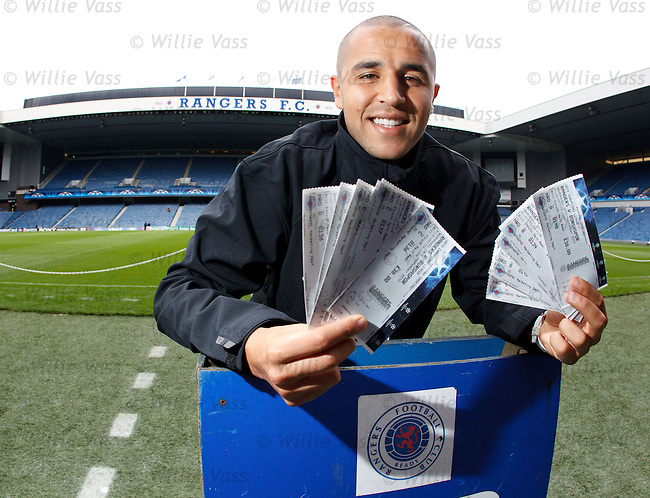 Roll up, roll up, get yer Champions League tickets here.. Madjid Bougherra promotes briefs fot the Bursaspor match