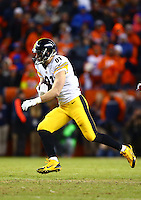 Jan 17, 2016; Denver, CO, USA; Pittsburgh Steelers tight end Jesse James (81) against the Denver Broncos during the AFC Divisional round playoff game at Sports Authority Field at Mile High. Mandatory Credit: Mark J. Rebilas-USA TODAY Sports