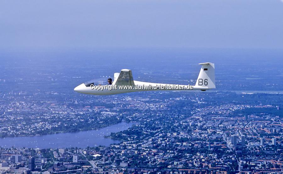 Deutschland, Hamburg, Segelflug, Segelflugzeug, LS3, LS 3, ueber Hamburg, Alster, Mundsburg
