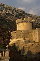 Europe/Croatie/Dalmatie/Dubrovnik: Les Remparts