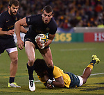Pumas player  Emiliano Boffelli gets away during the Rugby Championship match between Australia and Argentina in Canberra on September 16, 2017. AFP PHOTO / MARK GRAHAM --- IMAGE RESTRICTED TO EDITORIAL USE - STRICTLY NO COMMERCIAL USE --