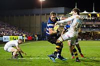 Jack Wilson of Bath Rugby fends Danny Cipriani of Wasps. Aviva Premiership match, between Bath Rugby and Wasps on December 29, 2017 at the Recreation Ground in Bath, England. Photo by: Patrick Khachfe / Onside Images