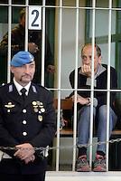Roma, 19 Novembre 2015<br /> Carlo Pucci<br /> Imputati detenuti dietro le sbarre delle celle.<br /> Aula bunker di Rebibbia<br /> Terza udienza del processo Mafia Capitale, Roma Capitale, avvocati,