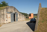 - Camp Ederle US Army base,  ammunition warehouse ASP 7 (Ammunition Supply Point 7) in Tormeno....- base US Army di caserma Ederle, deposito di munizioni ASP 7 (Ammunition Supply Point 7) di  Tormeno..