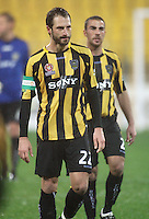 Phoenix captain Andrew Durante during the A-League football match between Wellington Phoenix and Perth Glory at Westpac Stadium, Wellington, New Zealand on Sunday, 16 August 2009. Photo: Dave Lintott / lintottphoto.co.nz