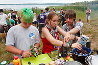 Camp in Camp in Tostarp by lake Finjasjön close to the city of Hässleholm. Three swedish scoutcorpses from Lund, Tyringe and Gothenburg arrange a camp to which 50 foreign scout joins everyday. The scouts this day comes från USA, UK, Czech Republic, Poland, and Germany and have mixed themselfs into new patrools. Photo: Magnus Fröderberg/Scouterna