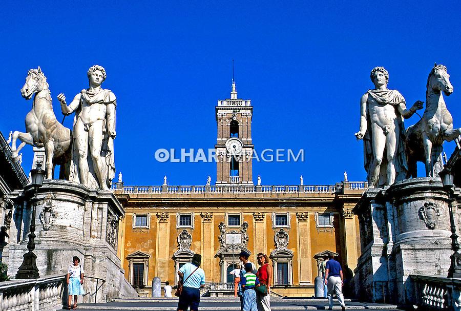 Praça Capitólio em Roma, Itália. 1993. Foto de Dudu Cavalcanti.