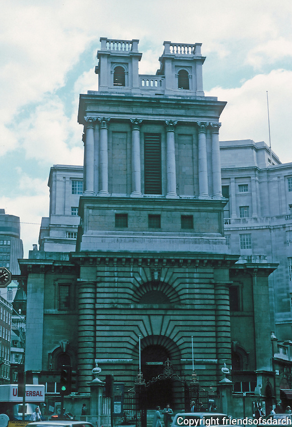 Nicholas Hawksmoor: St. Mary Woolnoth, King William St., London 1716-27. Photo '87.