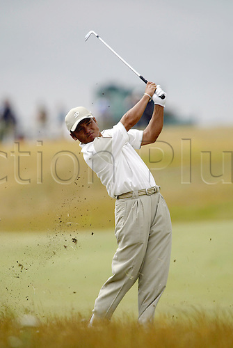July 18, 2003: SHIGEKI MARUYAMA (JPN) plays an iron from the rough, The Open Championship, Royal St George's Golf Club Photo: Neil Tingle/Action Plus...British 2003 golf golfer golfers 030718