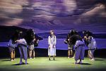 Sacre # 2<br /> Reconstitution historique de la danse de Vaslav Nijinski de 1913 <br /> <br /> Chorégraphie Dominique Brun assistée de Sophie Jacotot / Musique Le Sacre du Printemps d'Igor Stravinsky, par l'Orchestre Les Siècles, dirigé par François-Xavier Roth, avec l'Élue Julie Salgues / Les femmes : Caroline Baudouin, Marine Beelen, Garance Bréhaudat, Lou Cantor, Clarisse Chanel, Sophie Gérard, Anne Laurent, Anne Lenglet, Virginie Mirbeau, Marie Orts, Laurie Peschier-Pimont, Maud Pizon, Mathilde Rance, Énora Rivière, Marcela Santander, Lina Schlageter. / Les hommes : Roméo Agid, Matthieu Bajolet, Fernando Cabral, Sylvain Cassou, Miguel Garcia Llorens, Maxime Guillon-Roi-Sans-Sac, Corentin Le Flohic, Johann Nöhles, Edouard Pelleray, Sylvain Prunenec, Jonathan Schatz, Pierre Tedeschi, Vincent Weber.<br /> Lumières Sylvie Garot / Régie générale Christophe Poux / Régie plateau : Thalie Lurault<br /> / Costumes Laurence Chalou, assistée de Léa Rutkowski / Peintures Costumes Camille Joste / Atelier Jeremie Hazael-Massieux, Sonia de Sousa / Réalisation Costumes Atelier José Gomez /Coiffure Guilaine Tortereau <br /> Décor : Peinture Toiles Odile Blanchard, Giovanni Coppola, Jean-Paul Letellier.<br /> Merci à l'Atelier Devineau.<br /> <br /> Création 13 mars 2014 au Manège de Reims, en coréalisation avec l'Opéra de Reims