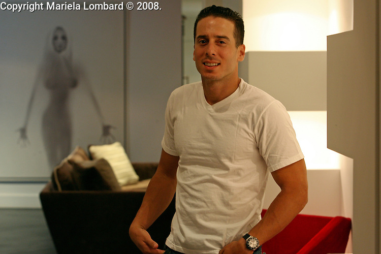 FRINGE actor Kirk Acevedo is photographed in Manhattan Aug. 25 2008..Photo Credit: Mariela Lombard/ ZUMA Press.