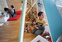 - child care centre of Reggio Emilia municipality<br /> <br /> - asilo-nido del comune di Reggio Emilia