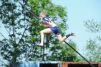 FIERLJEPPEN: JOURE: Accommodatie Koarte Ekers, Fierljepvereniging De Lege Wâlden Joure, 26-05-2012, 1e Klas wedstrijd, Dames A, Hilianne v/d Wal, ©foto Martin de Jong
