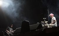 CIUDAD DE MEXICO, D.F. 21 Noviembre.- Death from Above 1979 durante el festival Corona Capital 2015 en el Autodromo Hermanos Rodríguez de la Ciudad de México, el 21 de noviembre de 2015.  FOTO: ALEJANDRO MELENDEZ