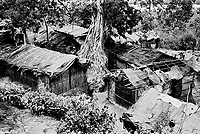 Tal Makeshift Camp was created in 2002 in a marshland along the Naf River after Bangladesh authorities launched an eviction campaign in Teknaf.  Up to 8,000 Rohingya lived in the camp until it was relocated in 2008. (2006)