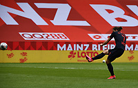 24th May 2020, Opel Arena, Mainz, Rhineland-Palatinate, Germany; Bundesliga football; Mainz 05 versus RB Leipzig; Marcel Sabitzer (RB Leipzig) shoots and scores for  0:3 in the 36th minute