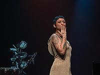 """SÃO PAULO, SP. 03.10.2019 - SHOW-SP -Kell Smith , durante show em homenagem à Simonal, """"Novo Baile do Simonal"""", no Tom Brasil, em São Paulo, nesta quinta-feira, 03. (Foto: Bruna Grassi / Brazil Photo Press)"""