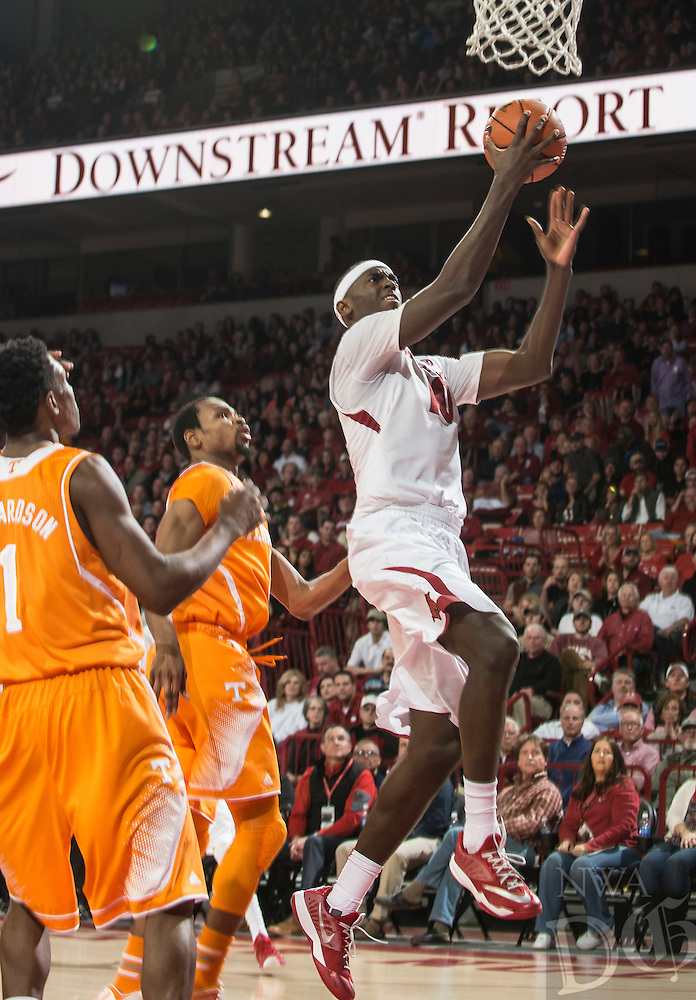 NWA Democrat-Gazette/ANTHONY REYES • @NWATONYR<br /> Bobby Portis, Arkansas sophomore, shoots against Tennessee in the first half Tuesday, Jan. 27, 2015 at Bud Walton Arena in Fayetteville.