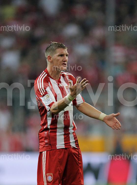 FUSSBALL   1. BUNDESLIGA   SAISON 2010/2011  1. SPIELTAG FC Bayern Muenchen - VfL Wolfsburg                     20.08.2010 Bastian Schweinsteiger (FC Bayern Muenchen)
