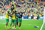 Norwich City 2 Middlesbrough 0, 25/05/2015. Wembley Stadium, Championship Play Off Final. Alex Neil is carried by his players in celebration. A match worth £120m to the victors. On the day Norwich City secured an instant return to the Premier League with victory over Middlesbrough in front of 85,656. Photo by Simon Gill.