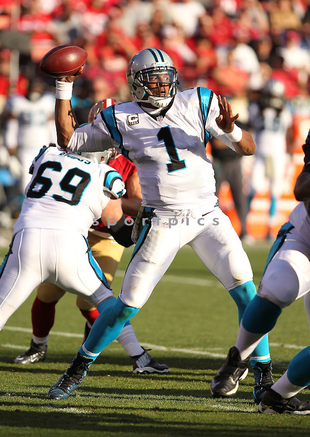 Carolina Panthers Cam Newton (1) during a game against the San Francisco 49ers on November 10, 2013 at Candlestick Park in San Francisco, CA. The Panthers beat the 49ers 10-9.