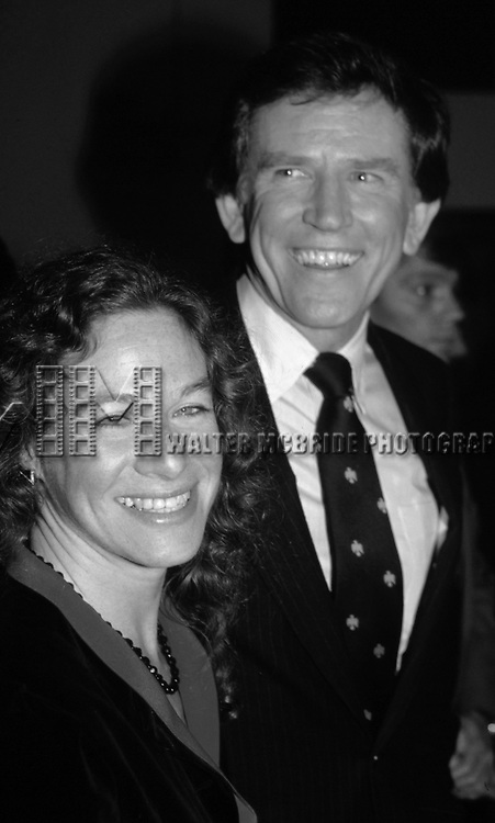 Carole King and Gary Hart attend a Gary Hart Campaign Rally on May 1, 1984 in New York City.