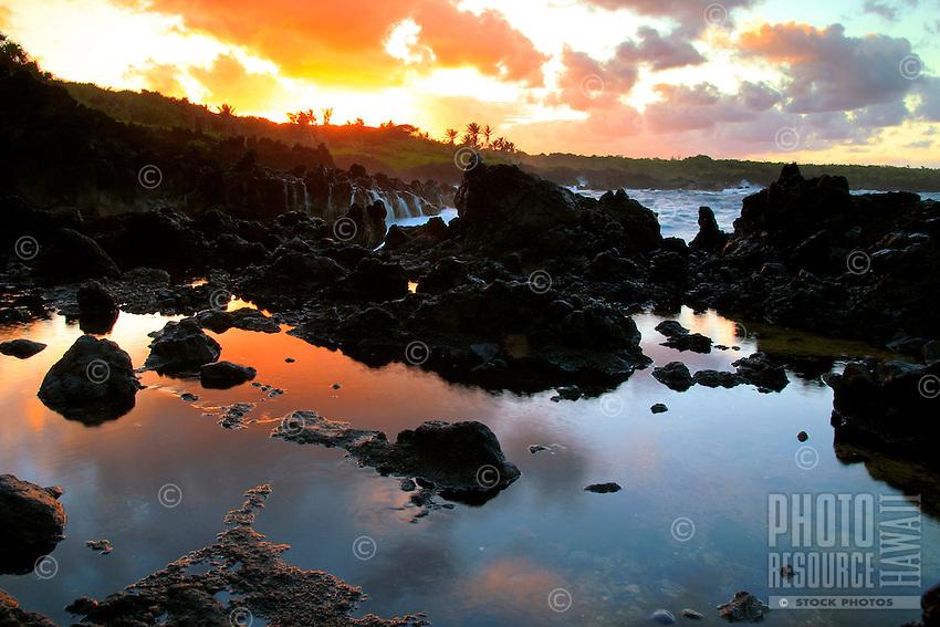 Sunset at Waianapanapa State Park, Maui, Hawaii.