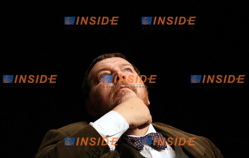 Roma 13-11-2006 Enel-Fieg: Incontro dal titolo &quot;Berlusconi e Prodi: la complessit&agrave; italiana raccontata dai media stranieri&quot;<br /> Nella foto  Giuliano Ferrara Direttore Il Foglio<br /> Photo Serena Cremaschi Inside (www.insdeifoto.com)