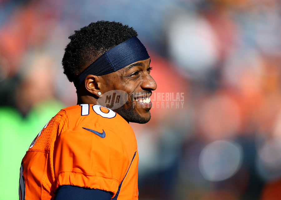 Jan 17, 2016; Denver, CO, USA; Denver Broncos wide receiver Emmanuel Sanders (10) against the Pittsburgh Steelers during the AFC Divisional round playoff game at Sports Authority Field at Mile High. Mandatory Credit: Mark J. Rebilas-USA TODAY Sports