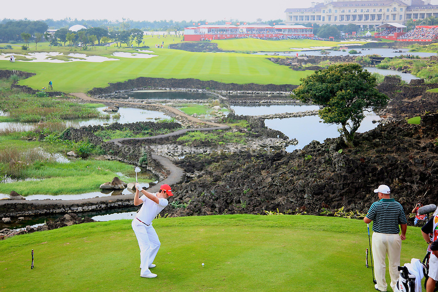Justin Rose (ENG) during the final round of the Omega Mission Hills World Cup played at The Blackstone Course, Mission Hills Golf Club on November 27th in Haikou, Hainan Island, China.( Picture Credit / Phil Inglis )