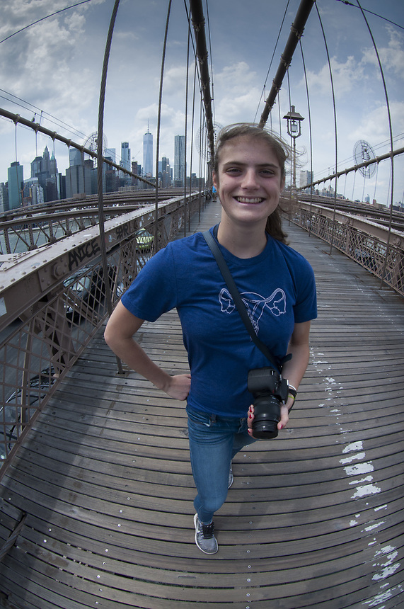 Eliza, Brooklyn Bridge, New York, US