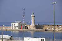 - Marsiglia, faro all'ingresso del porto....- Marseille, lighthouse at the port entrance
