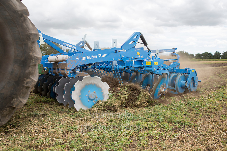 Cultivating pea land with a Lemken Rubin 12 - Lincolnshire, July