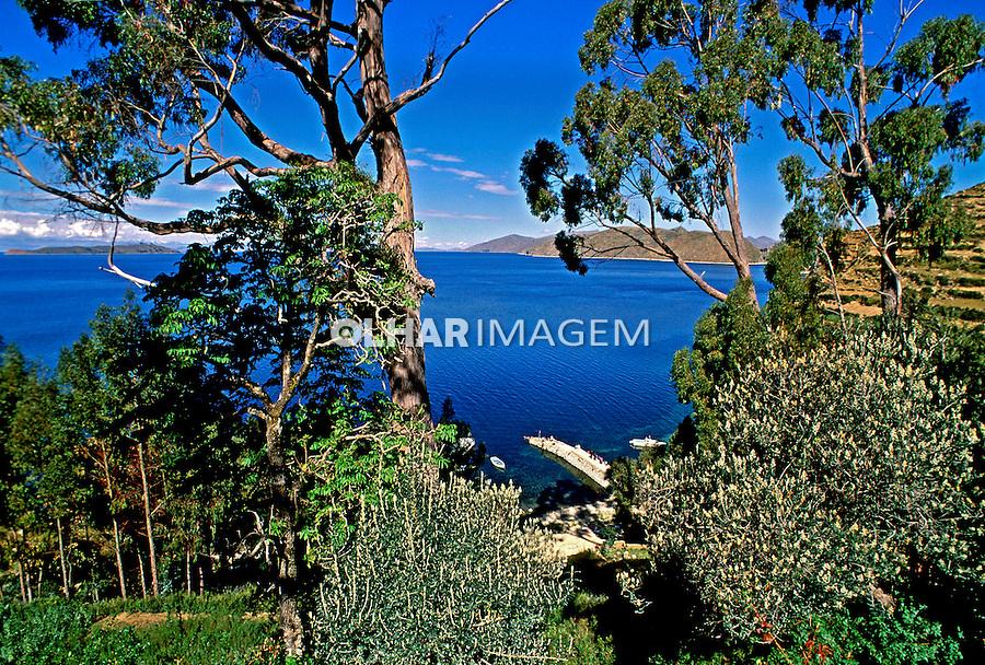 Ilha do Sol no Lago Titicaca. Bolivia. 1998. Foto de Juca Martins.