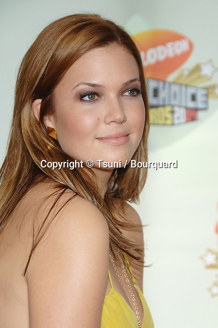 Mandy Moore arriving at the Nickelodeon's 20th Annual Kids' Choice Awards 2007 at the Pauley Pavillion at UCLA In Los Angeles.<br /> <br /> headshot<br /> yellow dress