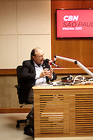SÃO PAULO, 24 DE AGOSTO, 2012 - ELEICOES SP - JOSÉ MARIA EYMAEL  - SP - O candidato a prefeitura de Sao Paulo, José Eymael do PSDC  durante entrevista a radio CBN na manha dessa sexta-feira na regiao central da capital paulista. FOTO LOLA OLIVEIRA - BRAZIL PHOTO PRESS