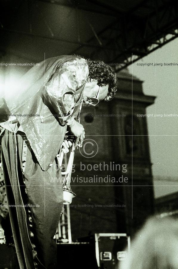 Germany, Hamburg, Jazz port festival 1990, live concert of Jazz musician and trumpet player Miles Davis at Kunstinsel, 30th july 1990, Miles Dewey Davis, american trumpeter, band leader and composer, born 26.5.1926 died 28.09.1991 - photo taken on 35mm black&white negative - copyright Joerg Boethling - IMAGE AVAILABLE AS SIGNED BLACK&WHITE FINE PRINT!