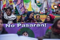 """Mehrere tausend Kurden demonstrierten am Sonntag den 4. Februar 2018 in Berlin gegen die Angriffe des tuerkischen Militaer auf die syrische Stadt Afrin. Afrin liegt in der von Kurden bewohnten Nordsyrischen Region Rojava, wo es eine unter Kurdischer Fuehrung eine Sebstverwaltung gibt. Die Tuerkei behauptet, die kurdischen Militaereinheiten JPG und YPJ, welche erfolgreich die von der Tuerkei unterstuetzten IS-Kaempfer aus der Region vertrieben haben, waeren die in der Tuerkei verbotene PKK. Das tuerkische Militaer greift seit dem 20. Januar 2018 die Stadt Afrin und die Umgebung massiv mit Flugzeugen und Artillerie an. Am Boden kaempfen tuerkische Soldaten zusammen mit Truppen der islamistischen """"Freien Syrischen Armee"""" FSA, gegen die Kurden.<br /> 4.2.2018, Berlin<br /> Copyright: Christian-Ditsch.de<br /> [Inhaltsveraendernde Manipulation des Fotos nur nach ausdruecklicher Genehmigung des Fotografen. Vereinbarungen ueber Abtretung von Persoenlichkeitsrechten/Model Release der abgebildeten Person/Personen liegen nicht vor. NO MODEL RELEASE! Nur fuer Redaktionelle Zwecke. Don't publish without copyright Christian-Ditsch.de, Veroeffentlichung nur mit Fotografennennung, sowie gegen Honorar, MwSt. und Beleg. Konto: I N G - D i B a, IBAN DE58500105175400192269, BIC INGDDEFFXXX, Kontakt: post@christian-ditsch.de<br /> Bei der Bearbeitung der Dateiinformationen darf die Urheberkennzeichnung in den EXIF- und  IPTC-Daten nicht entfernt werden, diese sind in digitalen Medien nach §95c UrhG rechtlich geschuetzt. Der Urhebervermerk wird gemaess §13 UrhG verlangt.]"""