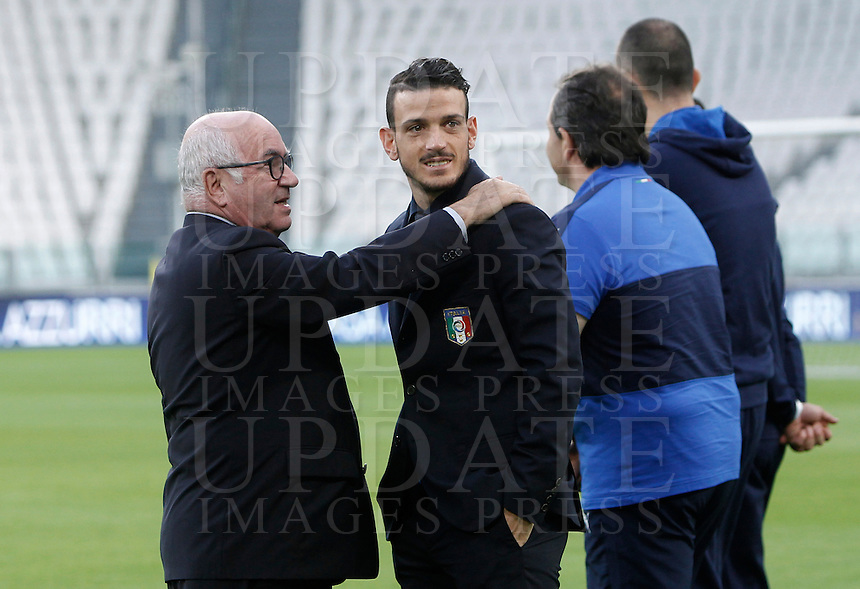 Italian Soccer Federation (FIGC) president Carlo Tavecchio, left, and Italy's midfielder Alessandro Florenzi during the walk around the pitch of the Juventus Stadium, ahead of the FIFA World Cup 2018 qualification match against Spain, in Turin, 5 October 2016.<br /> <br /> <br /> UPDATE IMAGES PRESS/Isabella Bonotto