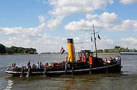 Dordt in Stoom. Historisch evenement in Dordrecht, met vele voertuigen en schepen die door stoom gedreven worden.