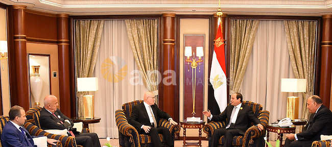 Egyptian President Abdel Fattah al-Sisi meets with Lebanese Prime Minister in Riyadh on November 10, 2015, as Arab leaders and top officials from South America converged on Saudi Arabia for a summit aiming to strengthen ties between the geographically distant but economically powerful regions.. Photo by Egyptian President Office